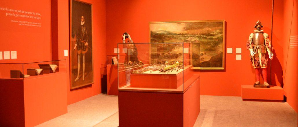 En la imagen, una de las salas de 'Cervantes, poeta y soldado' en el Museo del Ejército. / JG